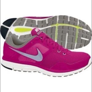 NWT Nike Lunarfly+ 4 Shoes